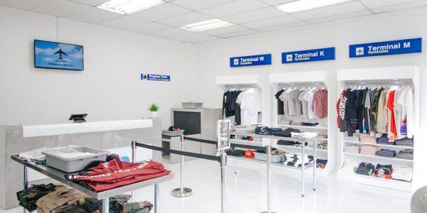 Im Clearport Fashion-Store fühlt man sich wie am Flughafen