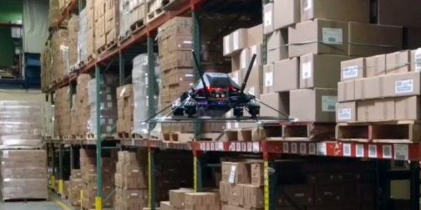 Intelligent Flying Machines setzt Drohnen für Warenlager-Inventur ein