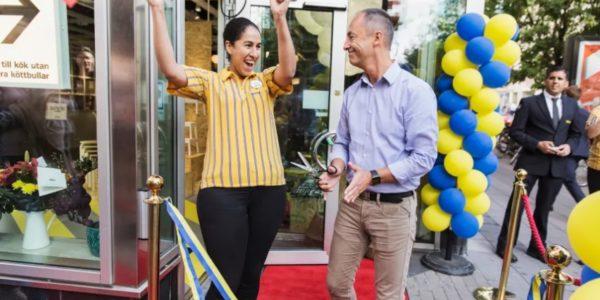 IKEA erobert mit Verkaufsautomaten und Pop-Up-Shop die Innenstadt Stockholms