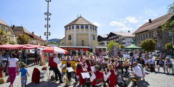 Geniale Werbekampagne des bayerischen Kurortes Bodenmais: Musikkapelle gesucht